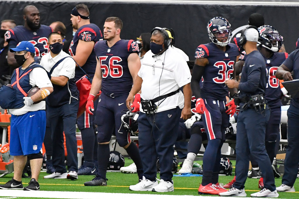 Texans close facility after positive COVID-19 test