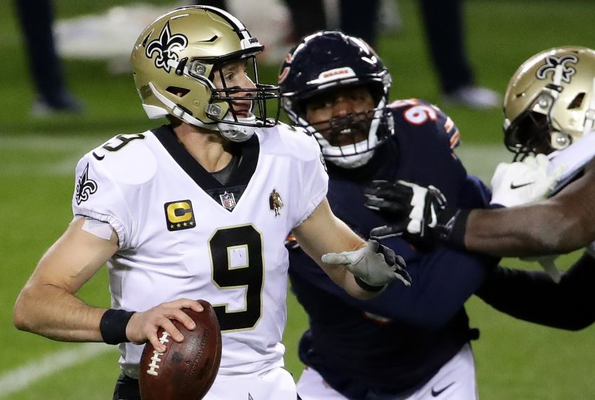 Drew Brees on injury report, but he downplays right shoulder issue