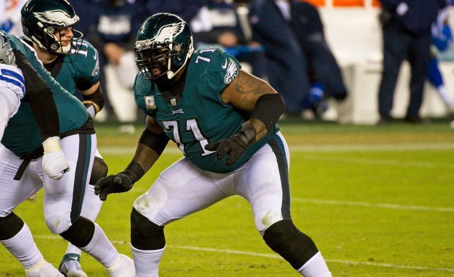 Report: Eagles moving Jason Peters to right guard