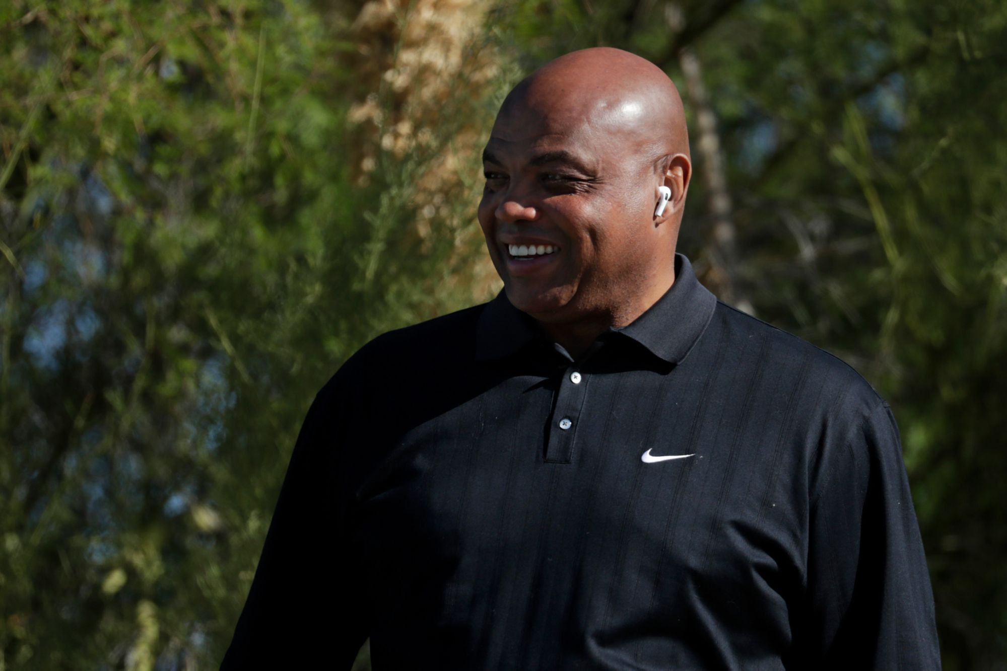 Phil Mickelson gifted Charles Barkley golf balls with Shaq's face on them during The Match