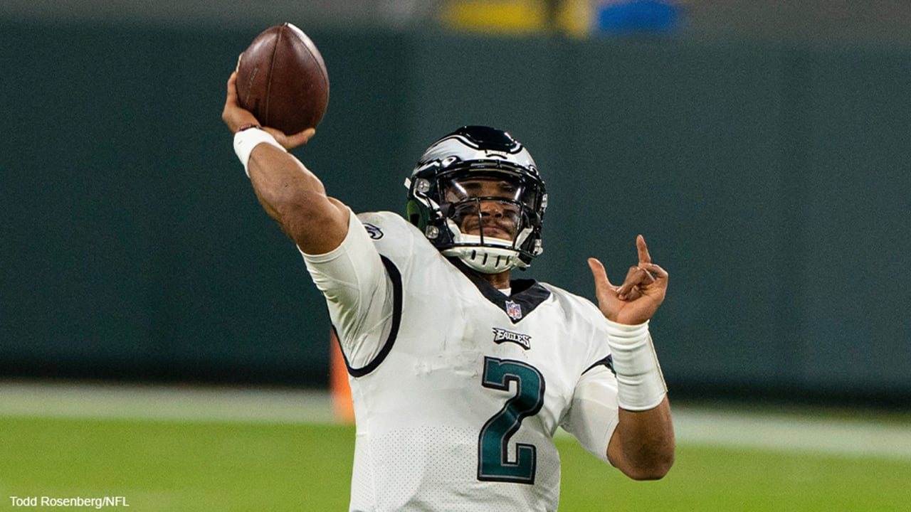 Carson Wentz's future uncertain as Jalen Hurts makes first career start for Eagles