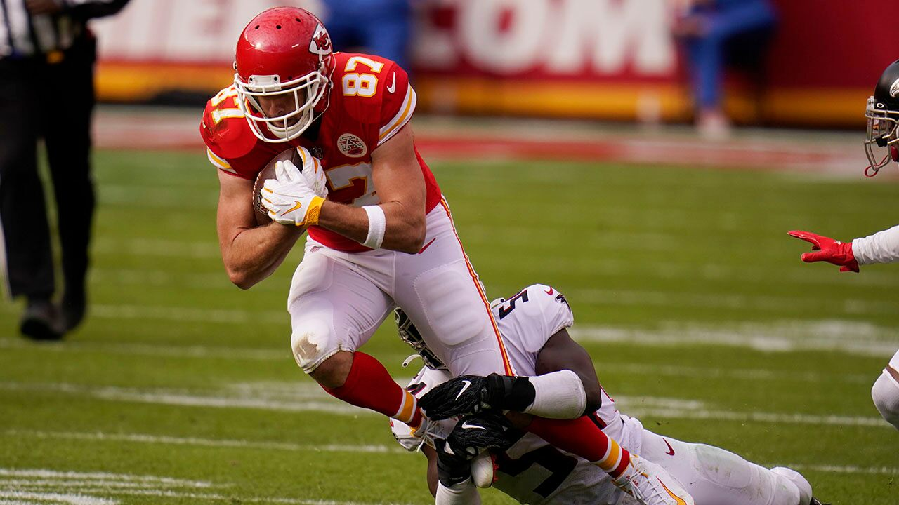 Travis Kelce sets two NFL records in Chiefs' win vs. Falcons