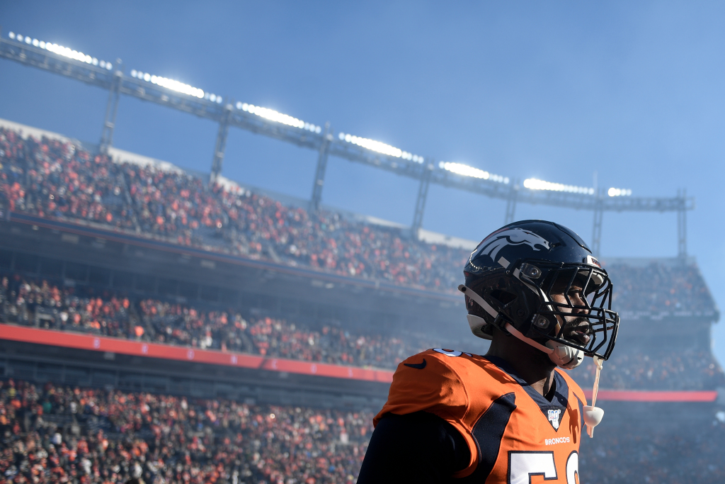 Kiszla: After wretched 5-11 season, Broncos need to clean out barn and say goodbye to Von Miller