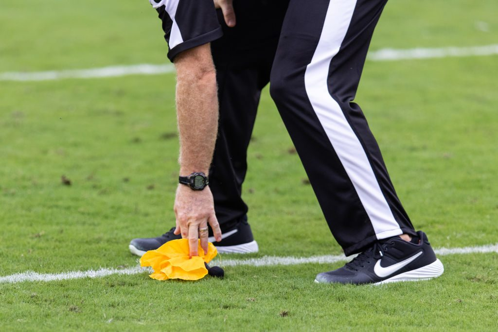 Report: Three NFL officials will not return