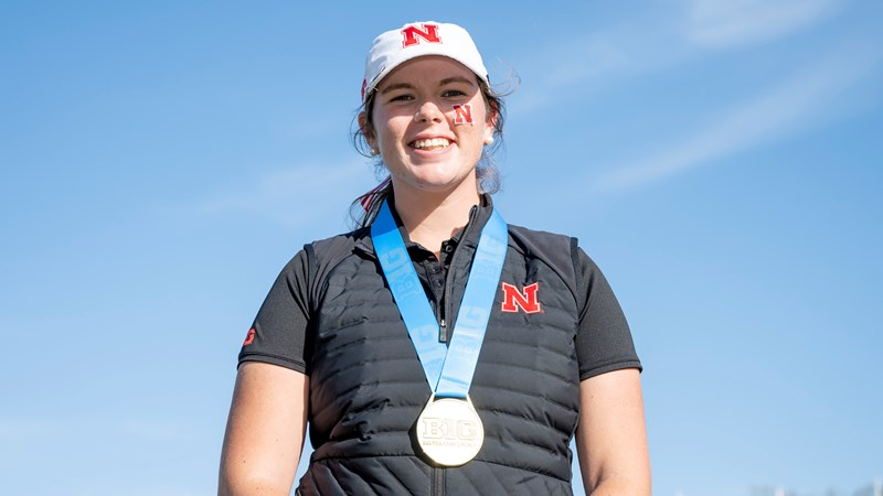 Smith Storms to Big Ten Title