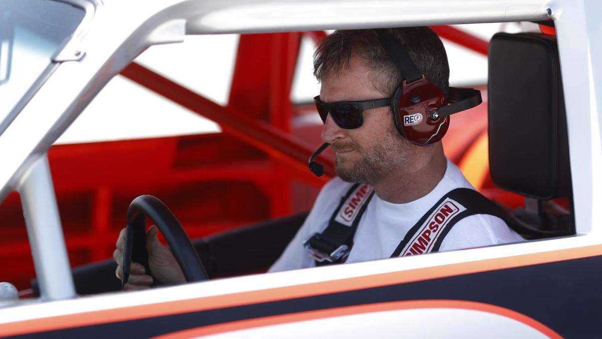 Dale Earnhardt Jr. says price of charters keeping him from moving JR Motorsports to Cup Series