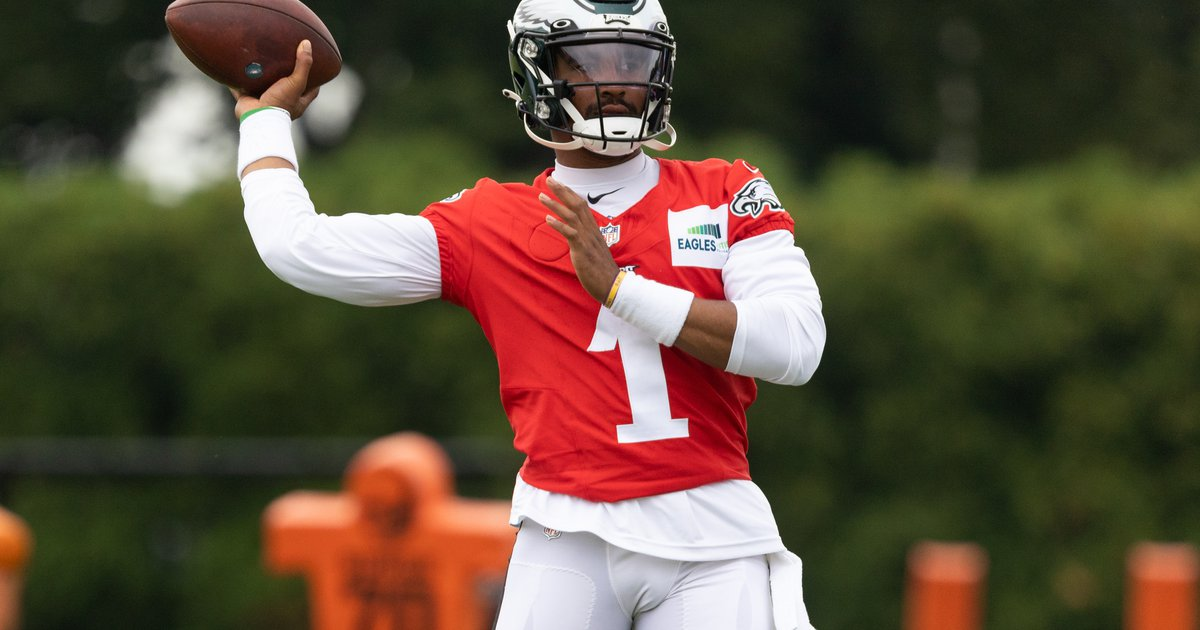Eagles training camp notes, Day 4: Sloppy offense