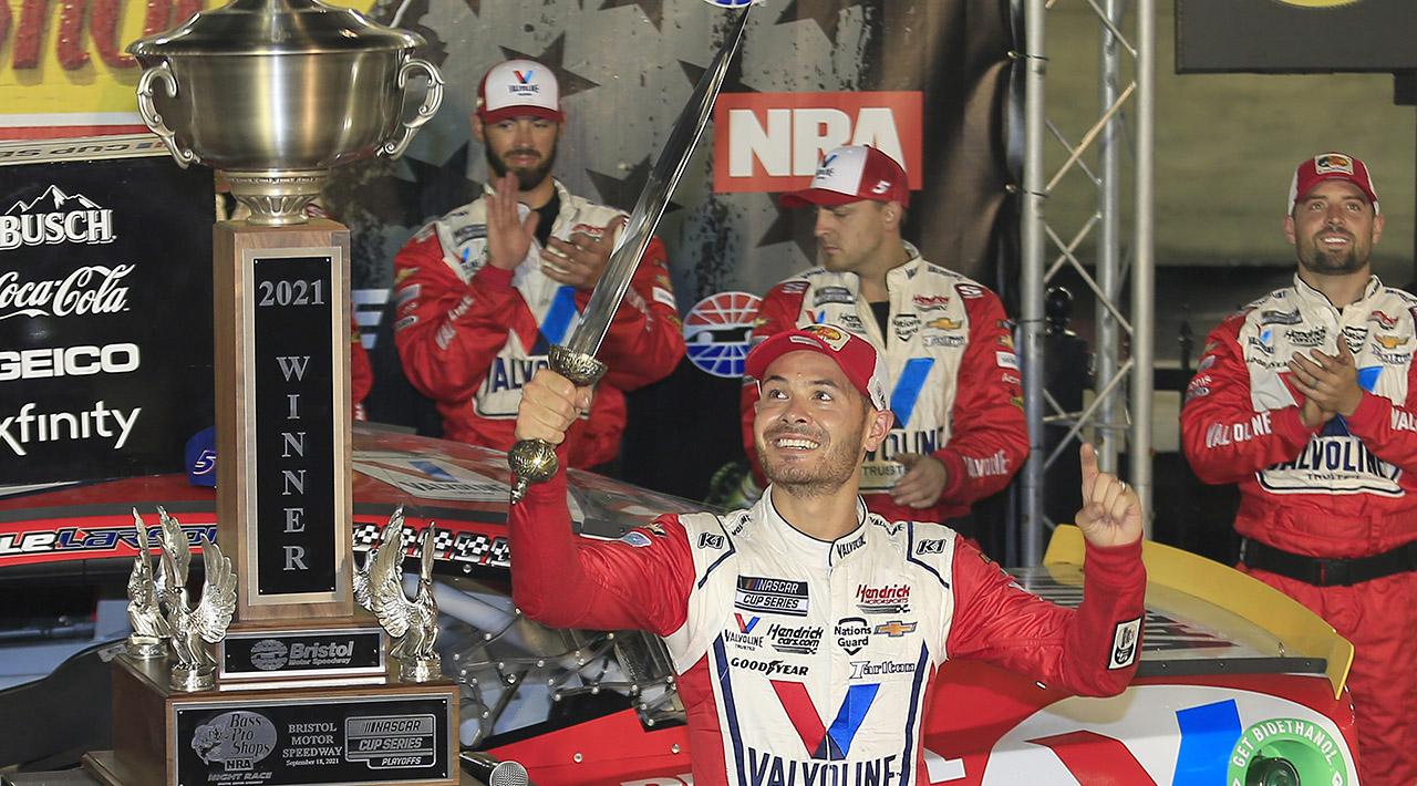 NASCAR Playoffs: Larson wins Bristol as Elliott and Harvick feud