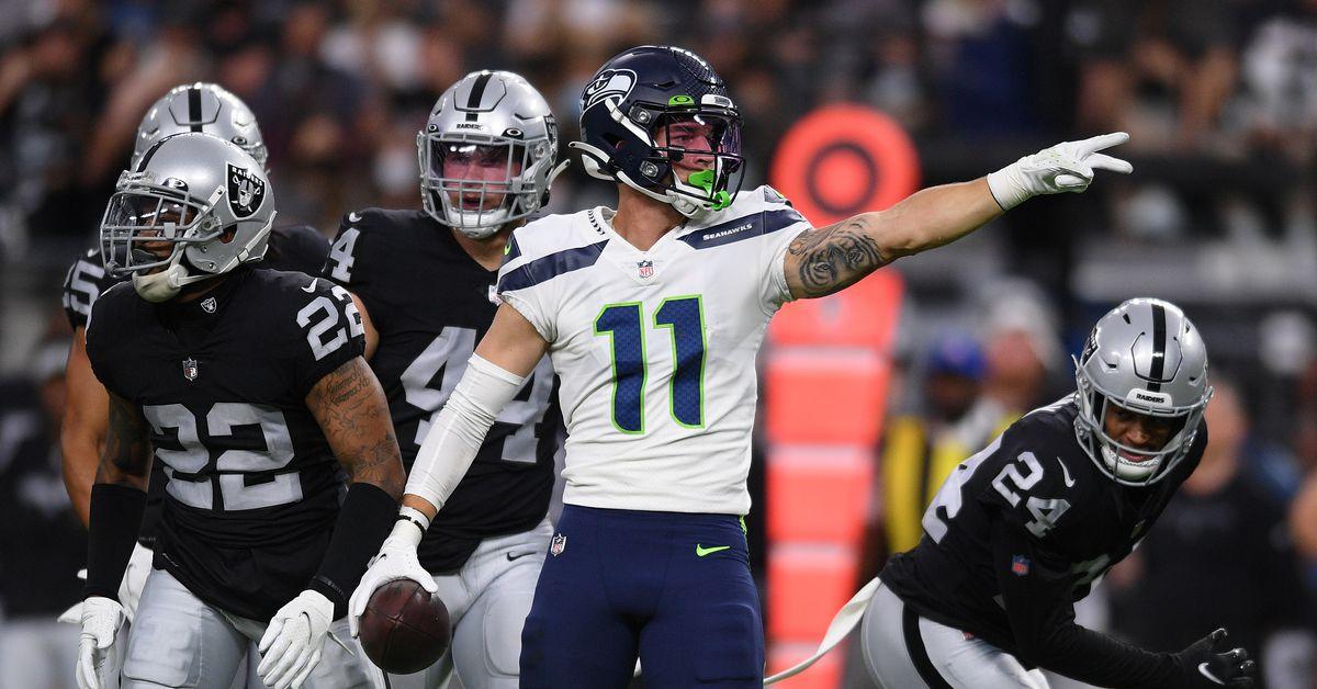 Why Seahawks elevated Cody Thompson, Robert Nkemdiche for Vikings game